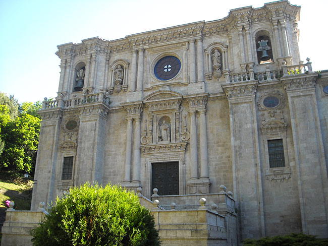 Monasterio de Samos. Instalación de calderas de biomasa